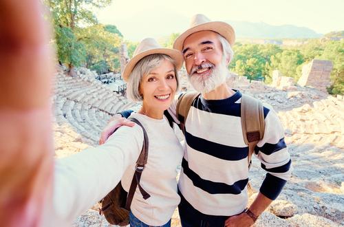 Older couple with glaucoma enjoying the outdoors